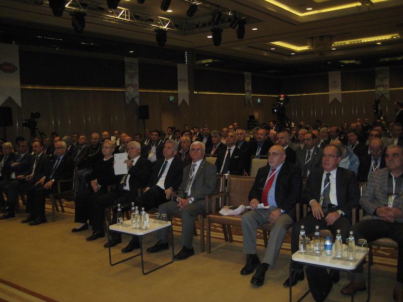 """""""SPOR VE MEDYA SEMPOZYUMU"""" İSTANBUL'DA YAPILDI"""